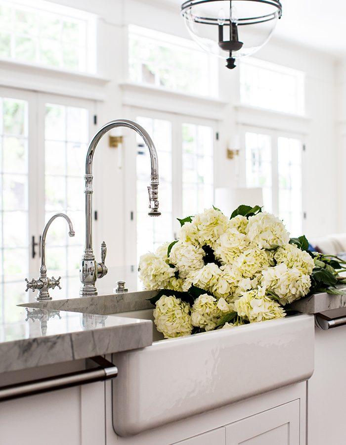 Hamptons Style Vacation Kitchen Sink