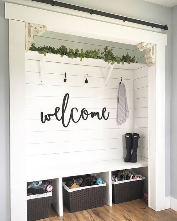 Functional Mudroom Interior Designs