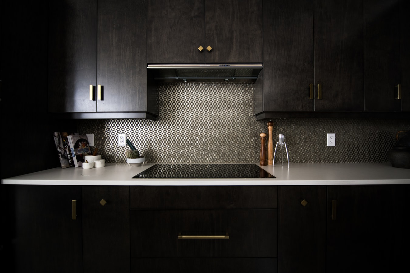 black kitchen cabinets interior design tips