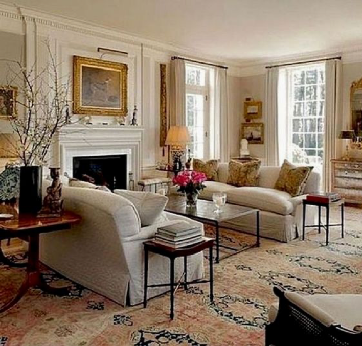 Traditional Classic Living Room Design