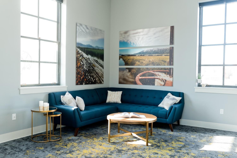 minimal & modern living room design